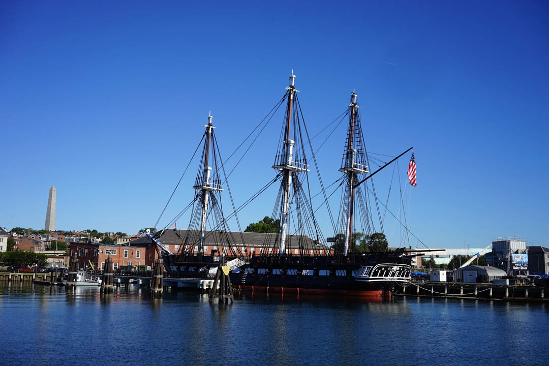 Boston (gammal segelbåt i Bostons hamn)